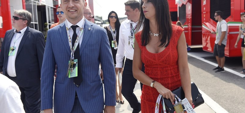 Nol: luxushelikopterrel vitték haza a Rogán családot a hétvégi celebesküvőről
