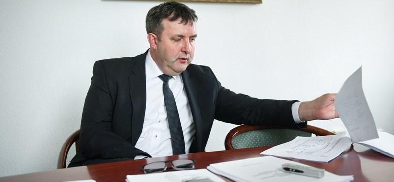 Államosíthatják az MTA kutatóintézeteit, 25 milliárdot kap Palkovics
