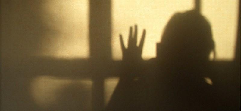 Intézetbe kerülhet a lány, aki zaklatás miatt akarta megölni magát