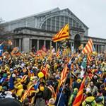 Katalóniában nem a függetlenségről szavaznak, de mégis arról