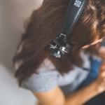 Egyszerű módszer a dolgozatokhoz: Tanulj te is zenehallgatással!