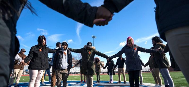 Világsztár állt a fegyveres erőszak ellen tiltakozó diákok mellé