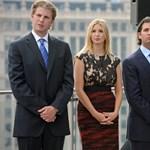 """Trump fia köp a papa """"America First"""" jelmondatára?"""