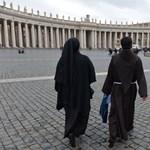 """A """"magyar prímásról"""" és a pápa lemondásának hátteréről ír az olasz sajtó"""