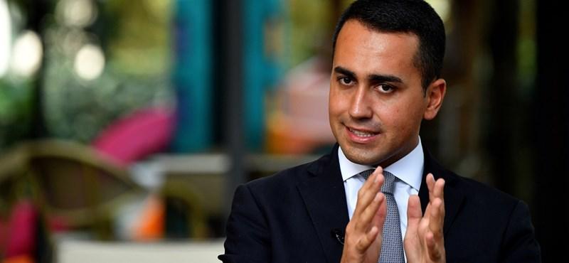 Hiába rohannak a csőd felé az olaszok, bevezetik az alapjövedelmet