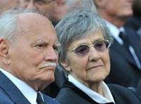 Elhunyt Göncz Árpádné