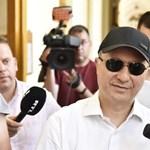 """Gruevszki kiposztolta, hogy nem adták ki a """"bűnöző macedón kormánynak"""""""