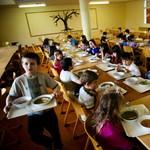 A tavalyinál kevesebb rászoruló gyerek kap idén nyáron ingyenes étkeztetést