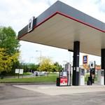 Hatalmas zuhanás jöhet a hazai benzinfogyasztásban