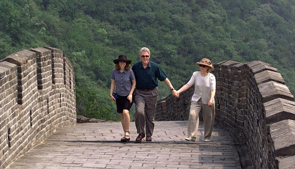 1998.06.28. - Kína, Mutianyu - A Clinton család Kínában - CLNTNAGY