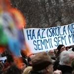 Újabb akció készül a Kossuth téren és az iskolákban - a kockás ing is előkerül