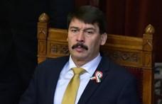 Áder János aláírta a köznevelési törvény módosítását