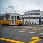 Halálra gázolt egy embert az 1-es villamos Budapesten