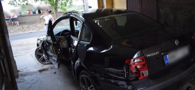 Megütött egy mentődolgozót Mohácson egy karambolozó férfi