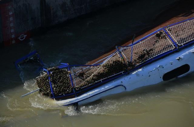 faz.19.06.11. hableány kiemelése, dunai hajóbaleset