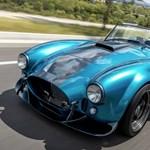 7,5 literes motor a kicsi és könnyű új Shelby Cobrában
