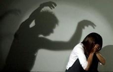 Húsz férfit ítéltek el Angliában tizenéves lányok szexuális bántalmazása miatt