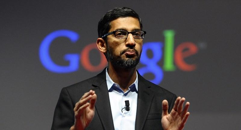 A Google főnöke nem volt hajlandó megmondani, lekövetik-e felhasználók telefonjait vagy sem