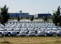 A leálló autógyárak húzták le az ipari termelést: közel 37 százalékos csökkenés áprilisban
