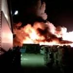 Hatalmas tűz van a tiszaújvárosi vegyikombinát közelében