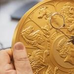 Tízkilós aranyérmét készített a brit királyi pénzverde