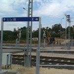 Végre indulhat az esztergomi vasútvonal villamosítása
