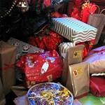 Videó: Egy pikkpakk csomagolási ötlet karácsonyra