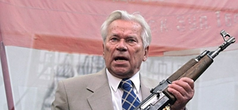 Meghalt Kalasnyikov, a világhírű gépfegyver alkotója