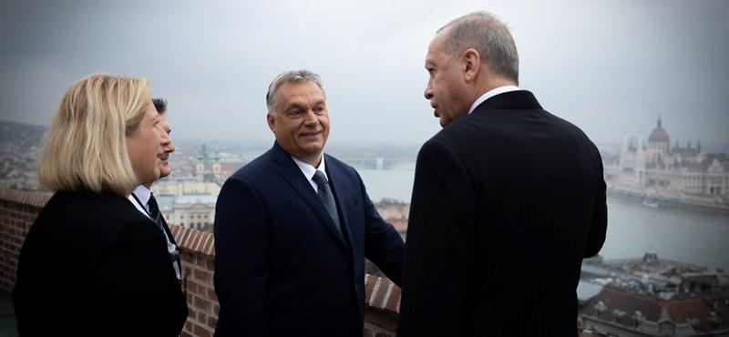 Závecz: Hatalmasat gyengült a Fidesz a fővárosban, de a falvakban is sok szavazót veszítettek