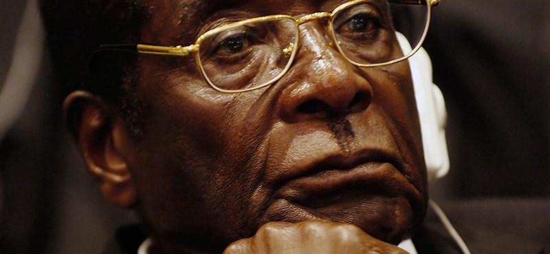 Mugabe bajban: furcsa puccs robbant ki Zimbabwében