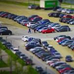 Harmincezer eladás esett ki tavaly az újautó-piacról