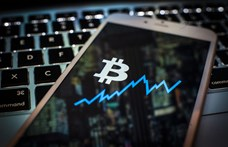 A Bloomberg szerint az arannyal együtt a bitcoin ára is felmehet