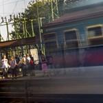 Egymástól 700 méterre állítottak meg két szemben haladó vonatot Pécelnél