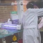 Koraszülötteket szedtek ki a lebombázott kórház inkubátoraiból Aleppóban - felkavaró videó