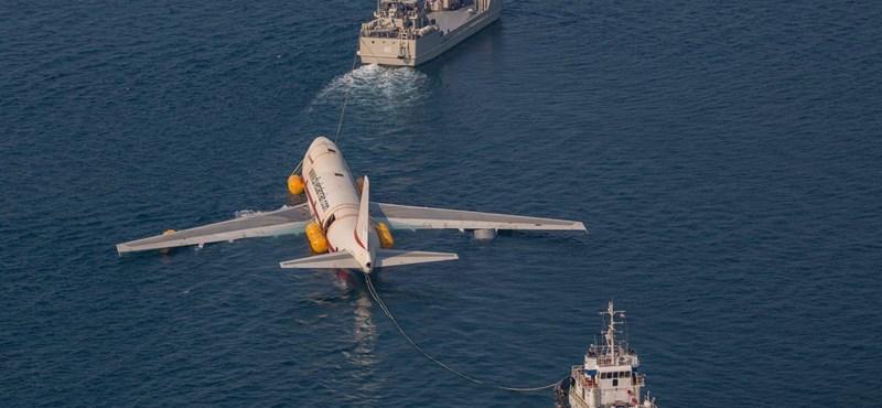 Szándékosan elsüllyesztenek egy Boeing 747-est, víz alatti látványosság lesz belőle