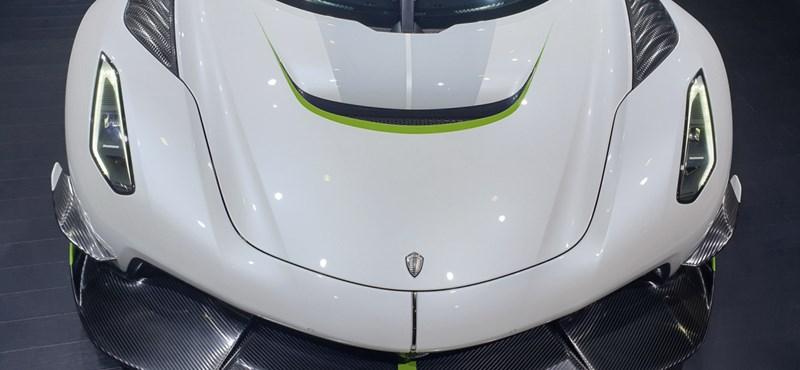 Így kel életre a 480 km/h végsebességű új hiperautó motorja – videó