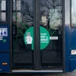 Újabb BKV-buszra terjesztették ki az első ajtós felszállást