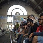 Nepperek, hiénák, kisboltosok, MÁV – a menekülthullám nyertesei