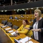 Gál Kinga veszi át Szájer József helyét a néppárti delegáció vezetőjeként