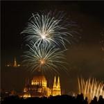 Grandiózus építkezés kezdődik a Dunán augusztus 20-ára