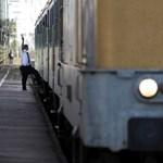 130 millióért senki sem vállalta az észak-balatoni vasútállomások felújítását