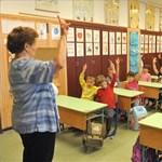 Mennyit keresnek a kezdő tanárok külföldön?