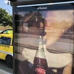 A fideszes Boldog István bojkottálja a kólaivást a Coca-Cola melegbarát plakátjai miatt