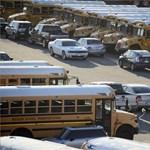 Íme a fenyegető levél, ami miatt ezer iskolát zártak be