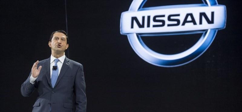 Újfajta embléma lesz a Nissanokon