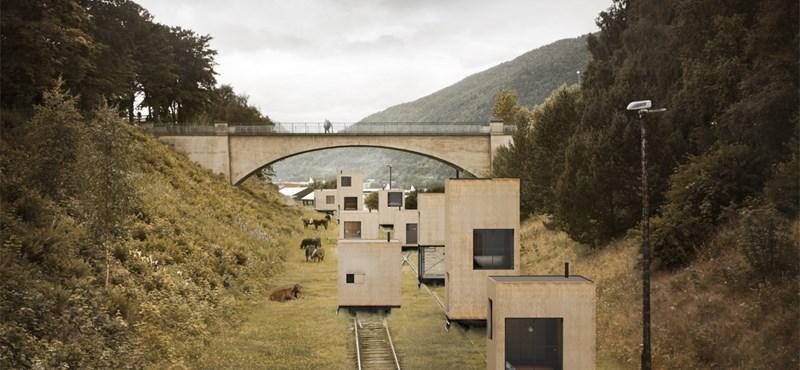 Mozgó házak és turizmus a vonatsíneken