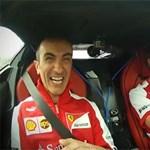 Ilyen, amikor Alonso veszi kezelésbe a LaFerrarit – videó