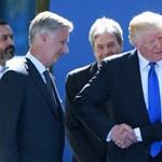 Trump kézfogásában tényleg van valami zavarba ejtő