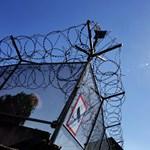 Menekültek áttelepítési programját is támogatta a kormány