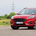 Nem kell a konnektor: teszten a normál hibrid új Ford Kuga